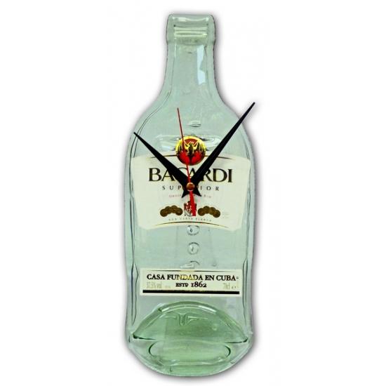 Image of Bacardi rum klok
