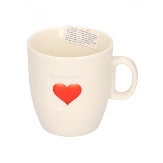 Image of Porseleinen drinkbeker met hart
