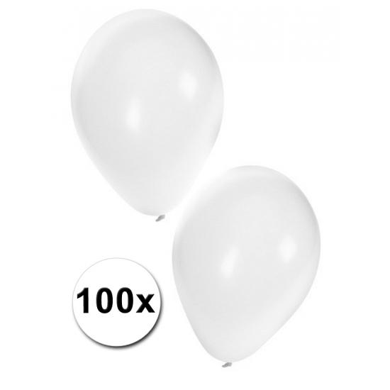Ballonnen in het wit