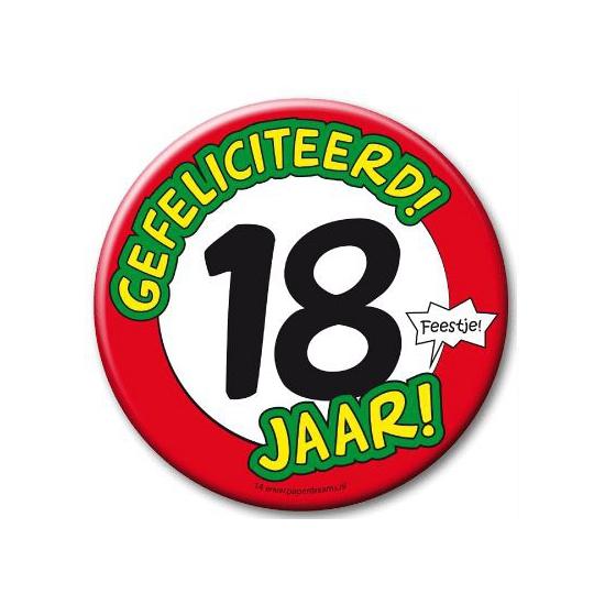 Image of XXL verjaardags button 18 jaar