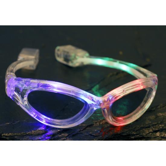Transparante bril met LED verlichting in oranje artikelen winkel ...