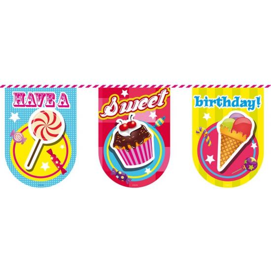 Vlaggenlijn verjaardag 6 meter. feestelijke vlaggenlijn van plastic met plaatjes en de tekst: have a sweet ...