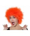 Oranje pruik met kort piekhaar