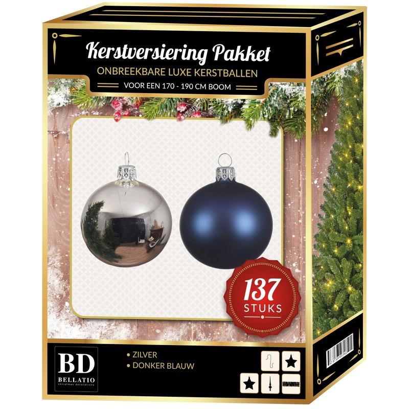 137 stuks Kerstballen mix zilver-donkerblauw voor 180 cm boom