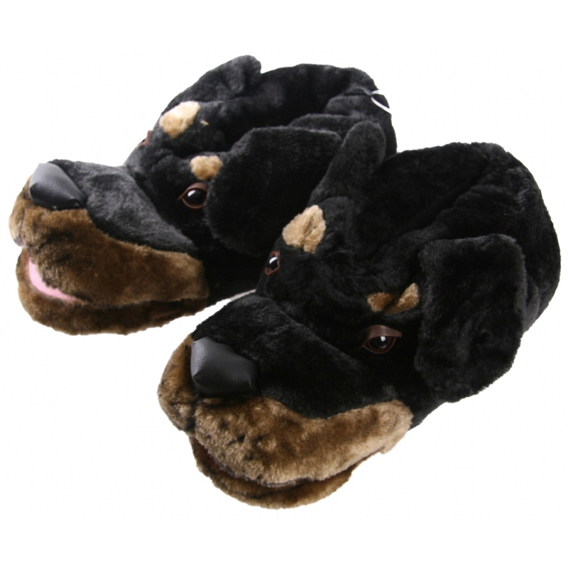 5114647b996 Zachte dieren pantoffels zwarte hond in oranje artikelen winkel ...