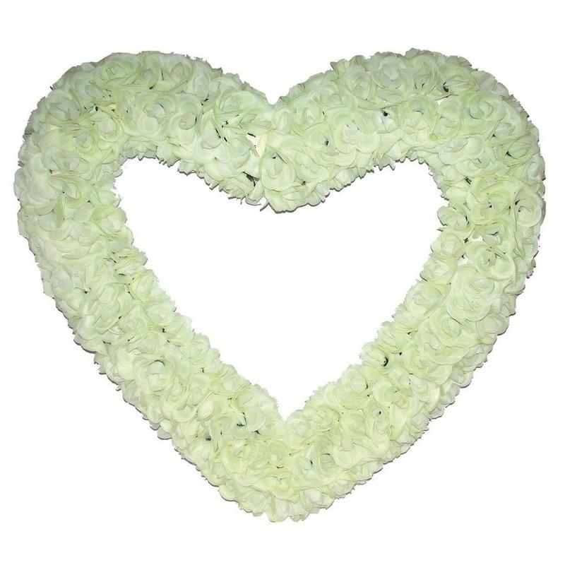 Groot decoratie hart gevuld met witte rozen 70 cm.