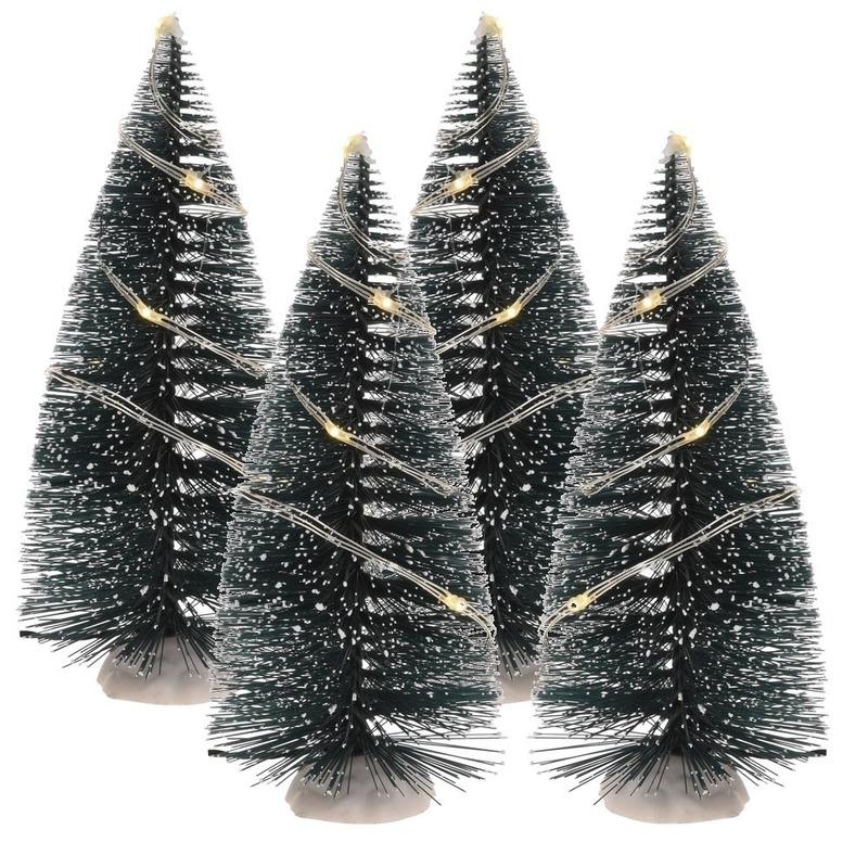 Kerstdorp onderdelen 4x kerstboom 15 cm met LED verlichting