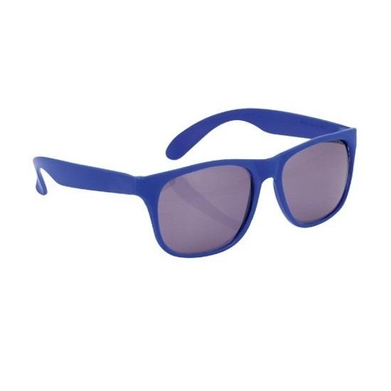 7df0fa2b8e029d Hippe voordelige zonnebril met blauw montuur. voordelige plastic zonnebril  met een blauw montuur en uv